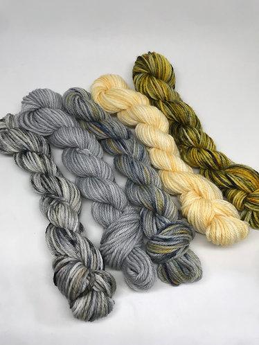 DK minis - Wolf grey sky/Grey granite/Cloud howe/Set honey/Busy bee