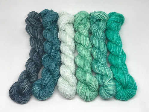 Ready to ship - 4 ply teal minis