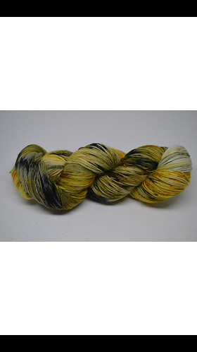 Busy Bee - dyed to order