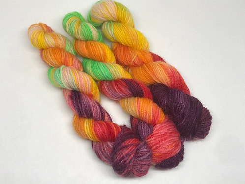 Unrepeatable 4 - mini skein