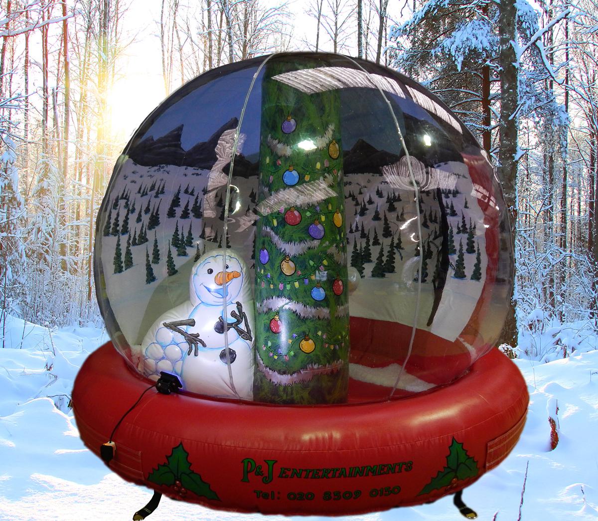 w-Christmas-Tree-Globe