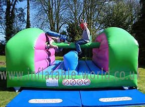 Inflatable Pillowbash Game