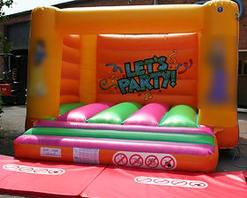 H Frame Bouncy Castle with Changeable Artwork and Party Backwall