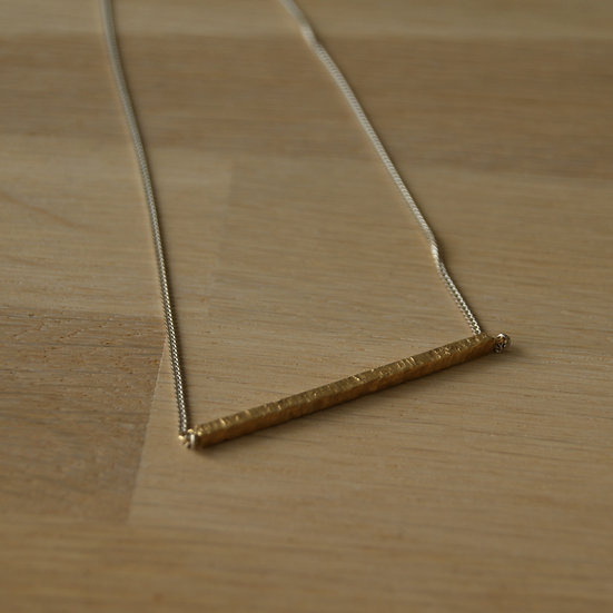 STRAIGHT NECKLACE