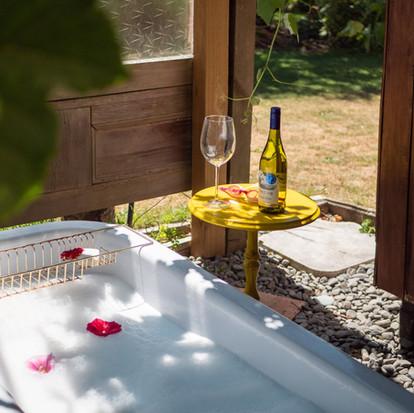 Bubbles & Bathbomb - a unique kiwi outdoor bath experience $50