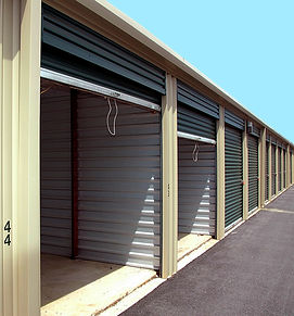 storage-warehouse-2089775_1920.jpg