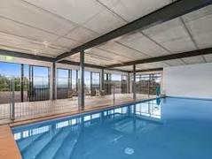 Swimming pool Oreti Village