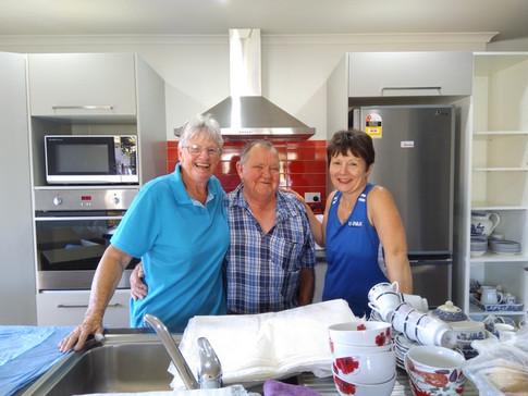 Happy customers Allen & Lois with Steffi