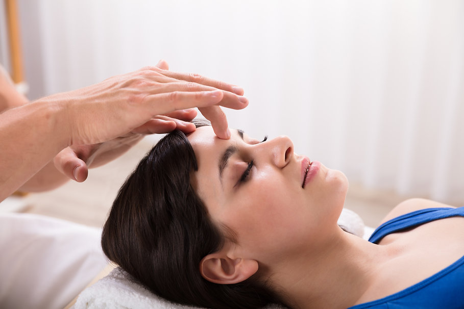 Young Woman Receiving Bodhypnosis