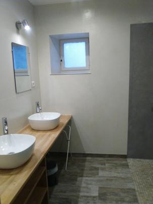 Salle de douche Gite Rustique