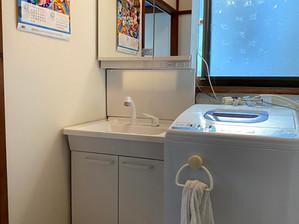 TOTO「Vシリーズ」 お手頃価格で機能充実! 洗面化粧台リフォーム 日高市高萩