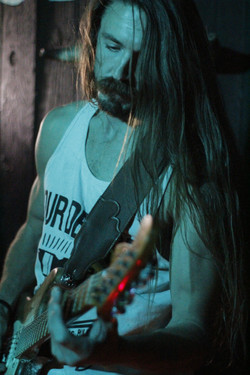 will_smith_guitarist_laced_in_blue_prospector_long_beach(4)