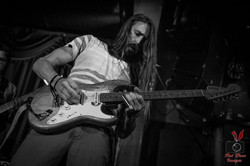 nate-sims-bass-will-smith-guitar-laced-in-blue-red-hare-images-alexs-bar-long-beach-live-perfomrance
