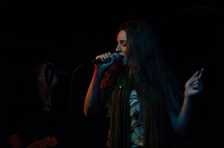 kaylee-robin-singer-laced-in-blue-prospector-long-beach-california-lbc-band-microphone-scarf(1)