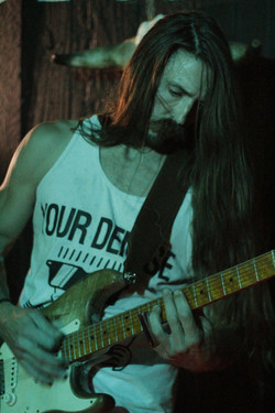will_smith_guitarist_laced_in_blue_prospector_long_beach(3)