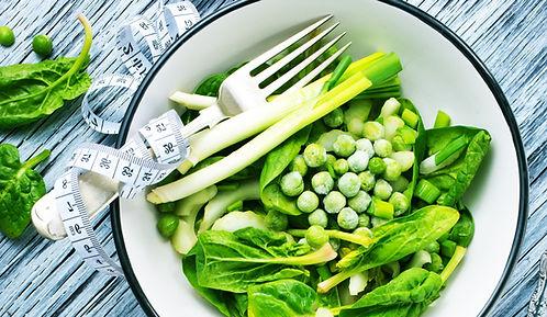 green-salad-PK962F7.jpg