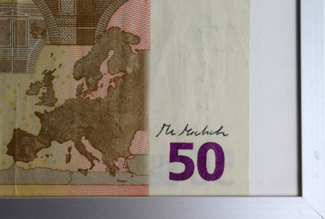Signed banknotes