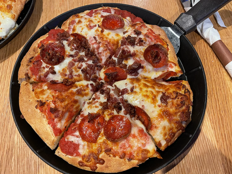 Build Your Own Pizza at Big Woods