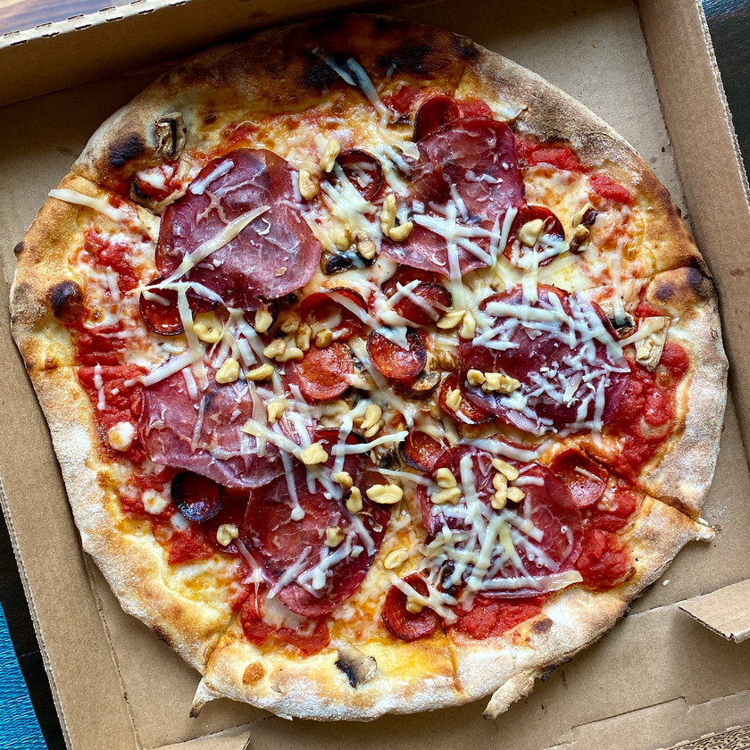 bresaola walnuts pepperoni and mushroom pizza