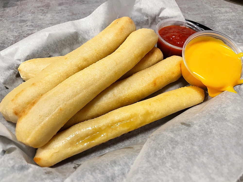 breadsticks from chicago's pizza in fishers