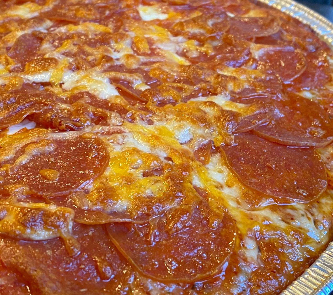 close up photo of pepperoni pizza