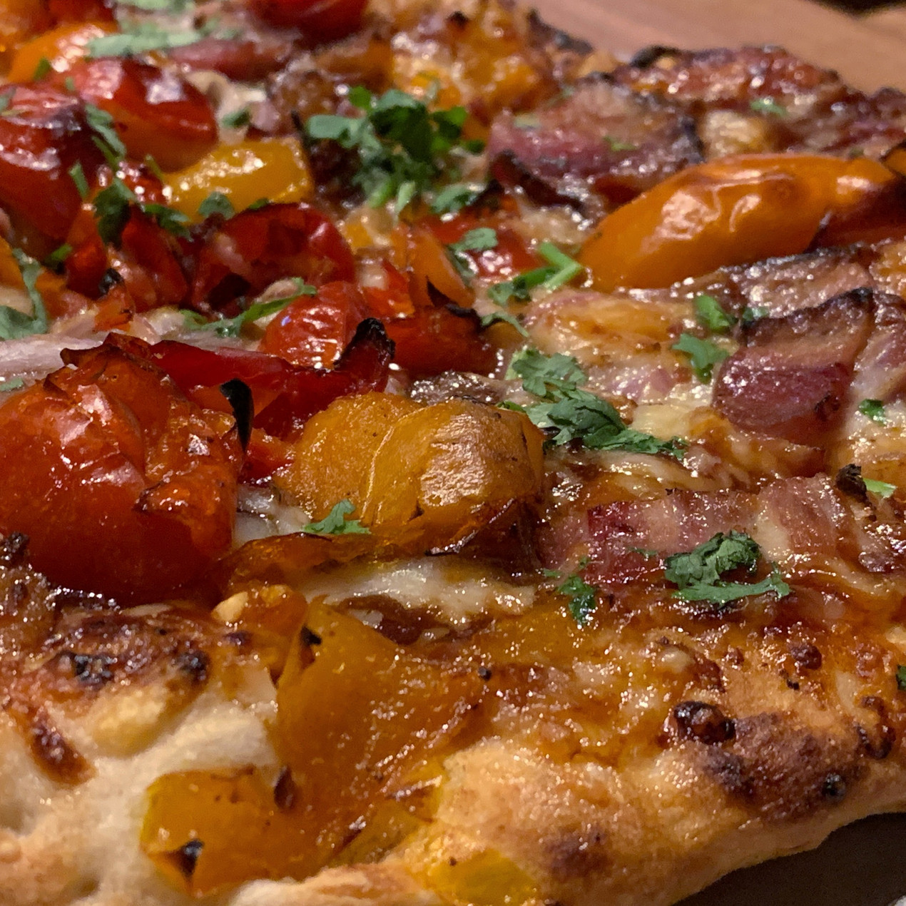 peppadew peppers on boombozz pizza