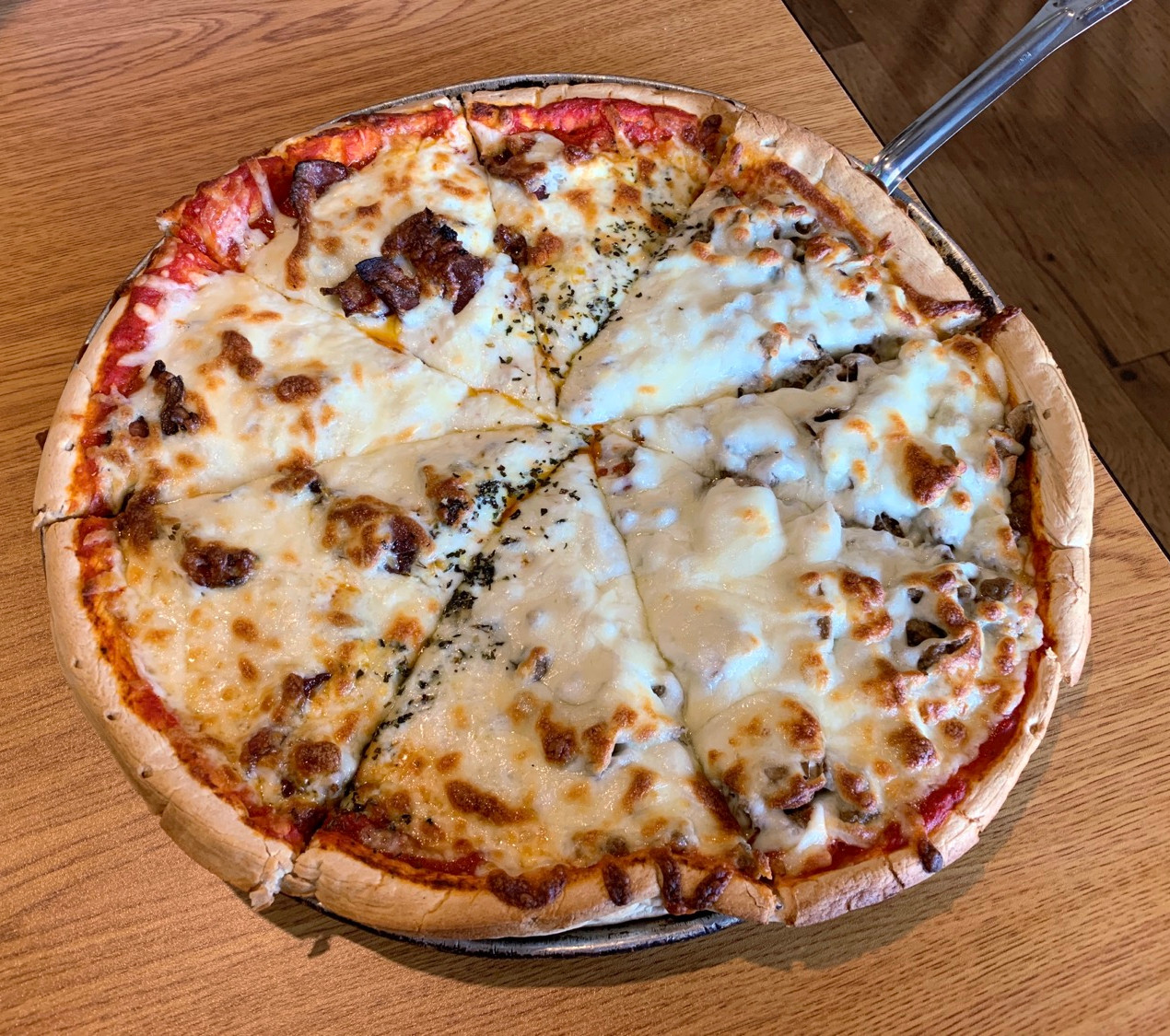 pizza place in wanamaker indiana