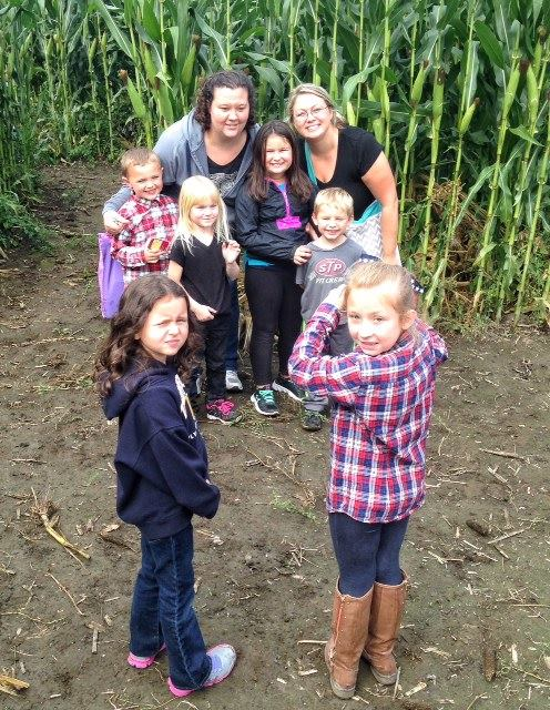 Beans & Greens Farm - Cornmaze family ph