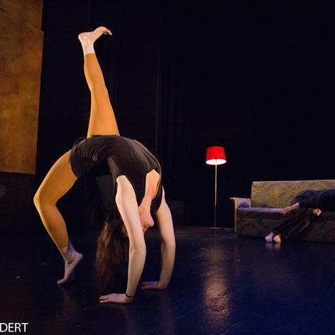 contorsion cirque