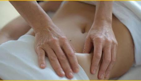 """การนวดกดจุดที่ท้องแบบจีน """"ชิเนซัง"""" (Chi Nei Tsang massage: CNT)"""