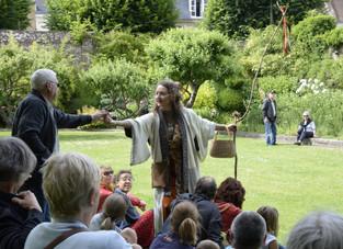 """Rendez vous au Jardin : une adaptation de """"Je suis un Arbre"""" dans les jardins du musée Mau"""
