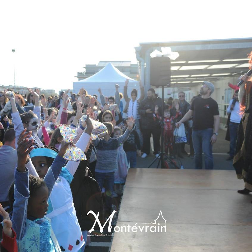 Flashmob Reine de coeur et Alice