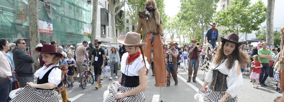 cowboy and girl en parade dansante _FP26