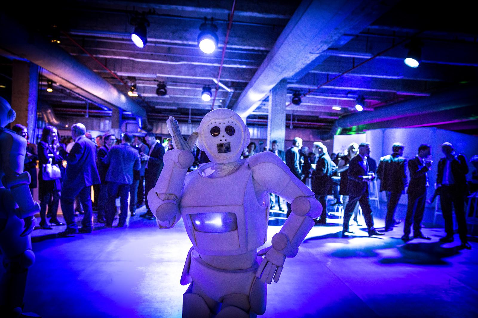 robot hiphop insolite