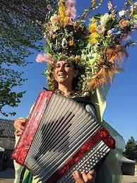 Echassière accordéoniste