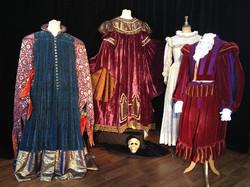 exposition de costumes theme théâtre