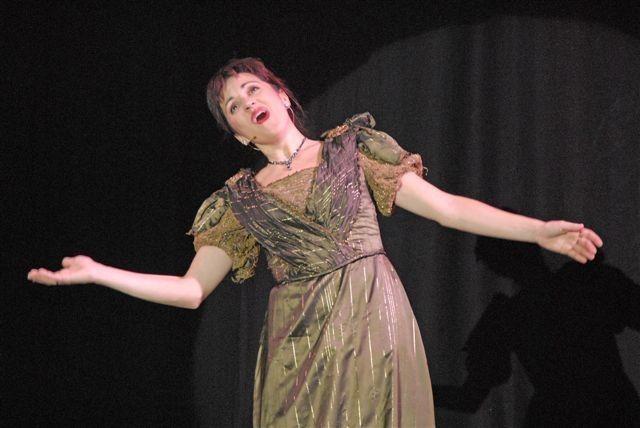 chanteuse 1900