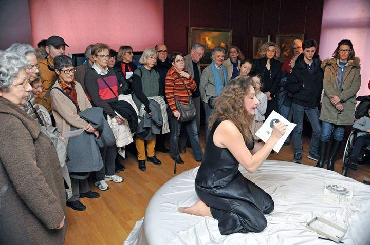 Visite théâtralisée d'exposition - musée des avelines