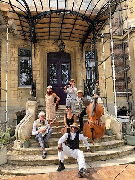 image_groupe_musique_chant_danse_claquet