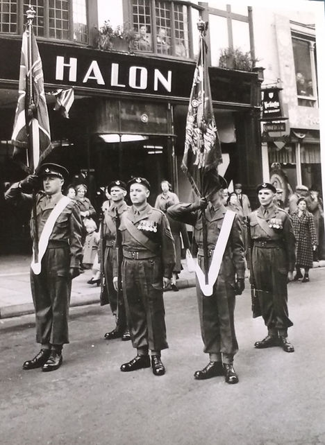 Halon 1953 KSLI Parade.jpeg