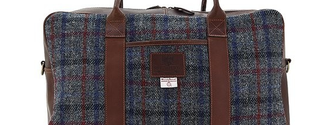Finsbay Leather Holdall featuring Harris Tweed pattern