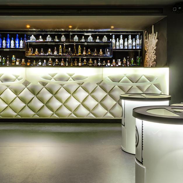 West End Nightclub