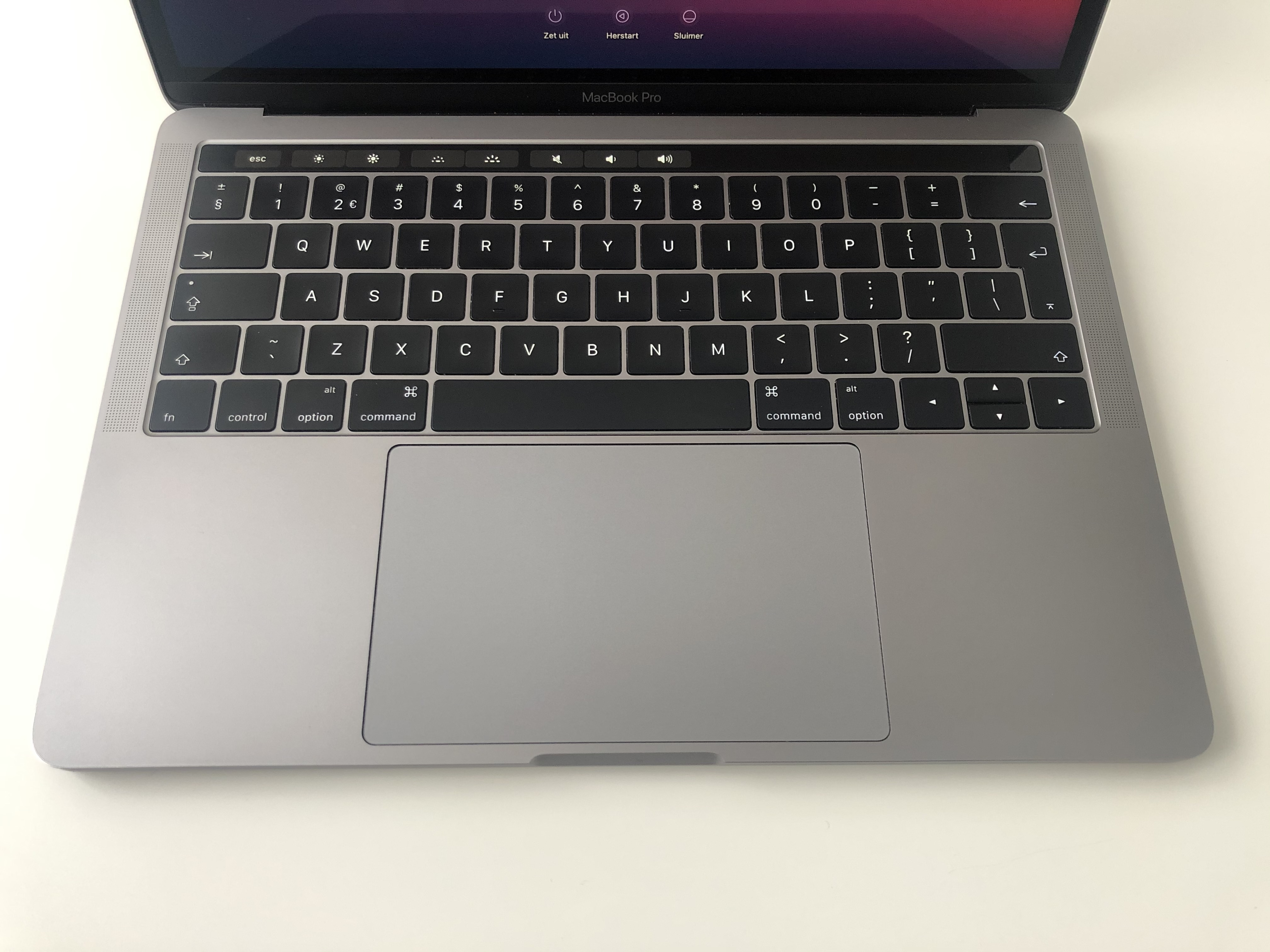 Apple Macbook Pro 13 inch Retina touchbar M1 chip