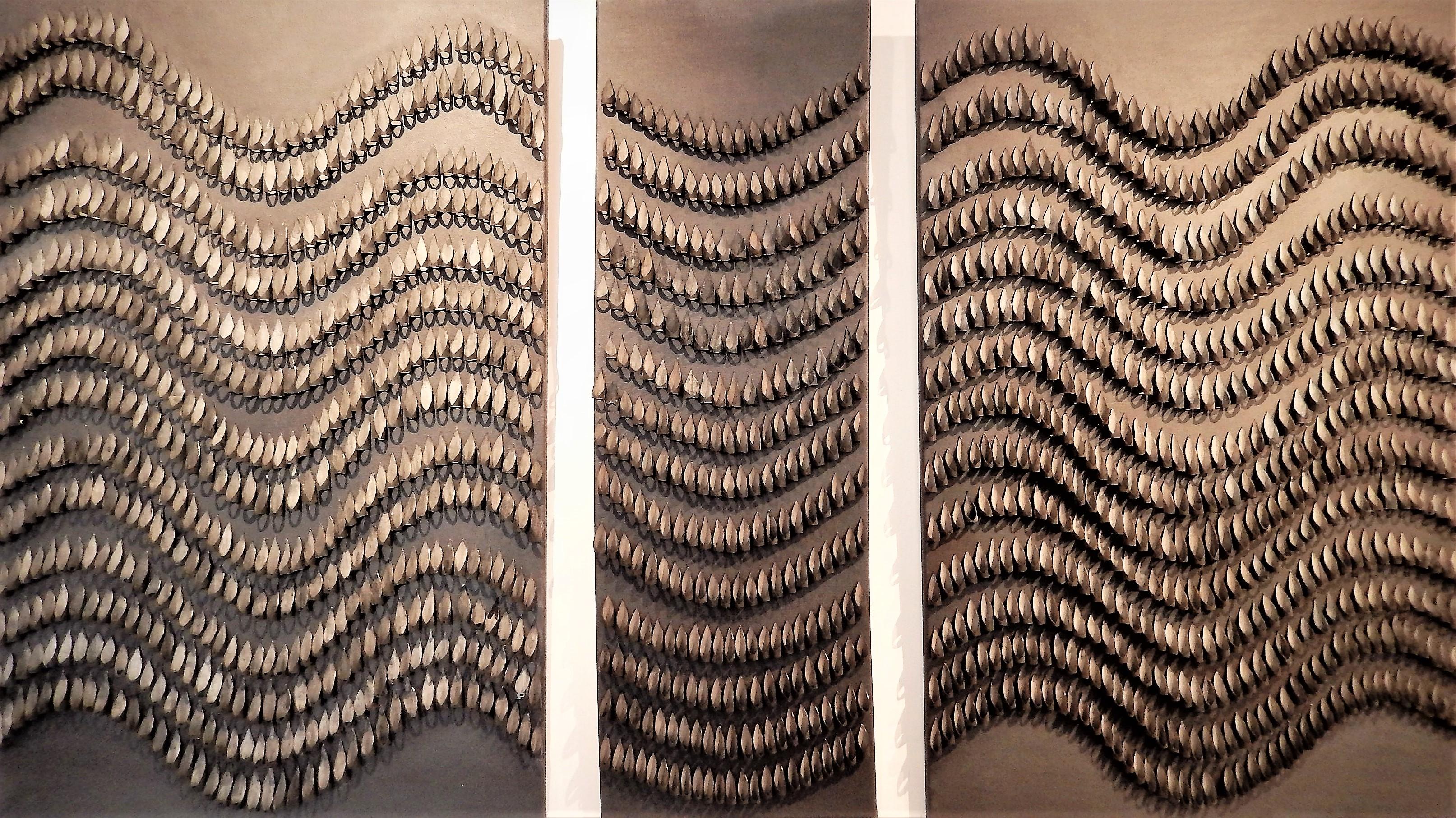 Ondulations,_triptyque,_125_X_100_cm,_chambres_à_air_sur_toile,_peinture_acrylique