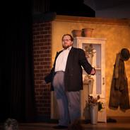 Chris Cray as Mr Mushnik