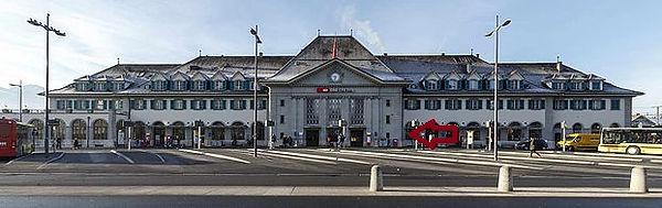Bahnhof Thun.jpg