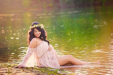 Blush and stone photography maternity photography