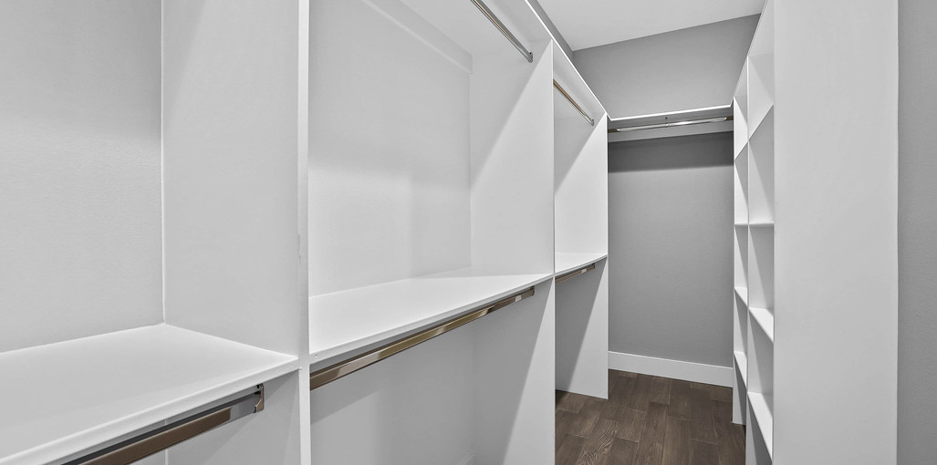 Model D-Master Suite Closet.jpg