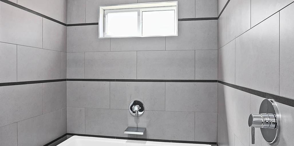Model C-Master Bathroom2.jpg