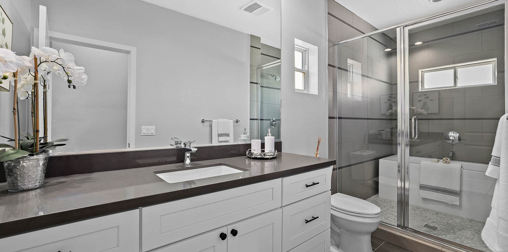 Model B-Master Bathroom1.jpg